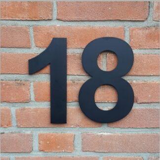 Huisnummers Zwart 20 cm